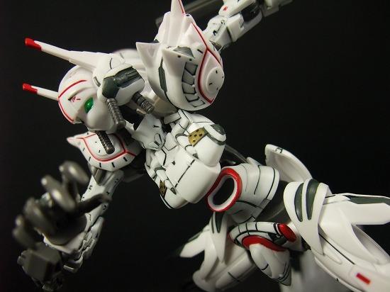 1/35 Scale Alexander Akito Custom by Bandai - hlj.com